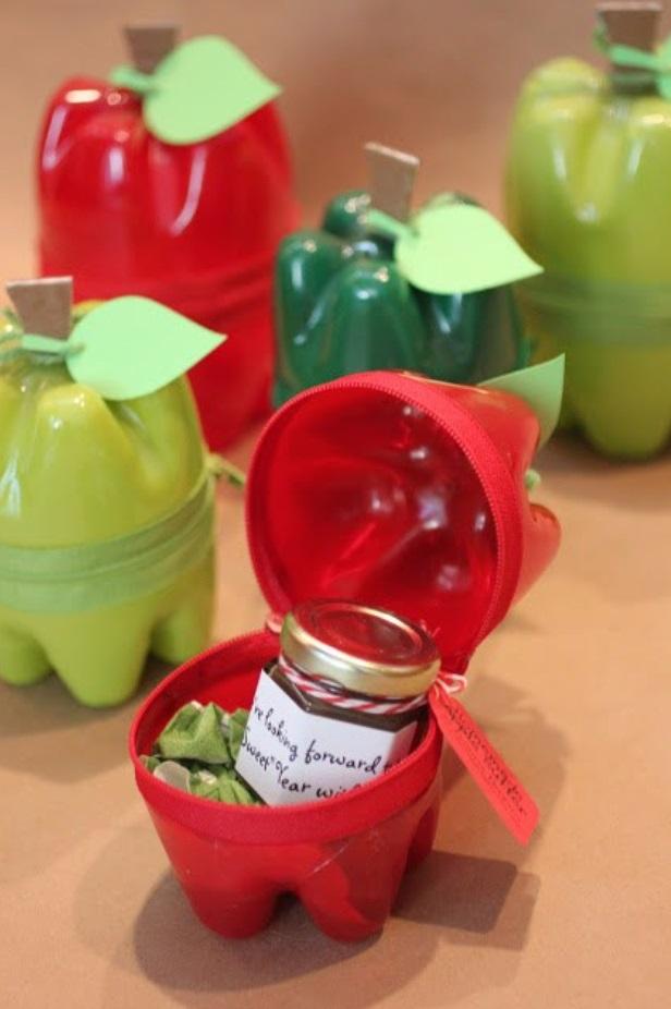 Tempat Penyimpanan Mini Dari Botol Plastik