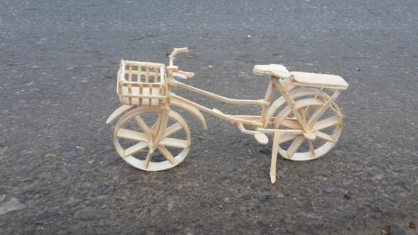 Kerajinan Tangan Dari Stik Es Krim Dengan Bentuk Sepeda