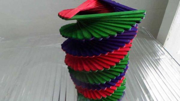 Kerajinan Tangan Dari Stik Es Krim Dengan Bentuk Spiral