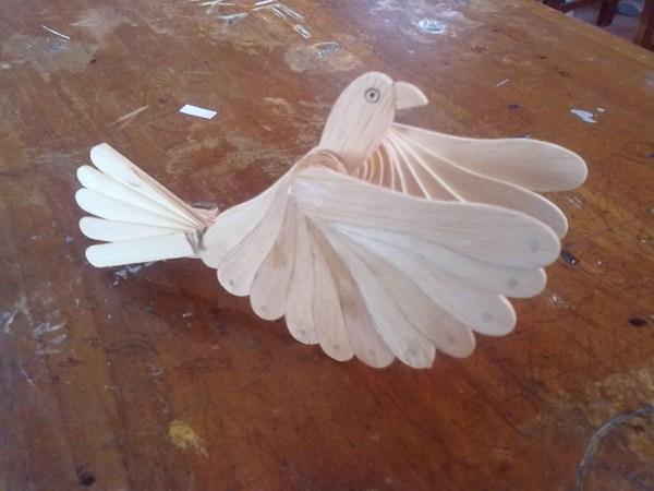 Mainan Burung Dari Stik Es Krim