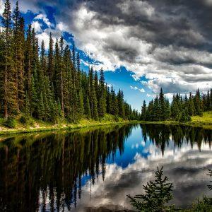 18 Gambar Pemandangan Alam Danau Yang Indah dan Menakjubkan
