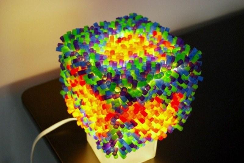 Penutup Lampu Dari Sedotan Plastik