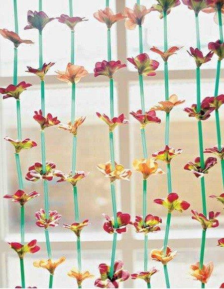 Tirai Cantik Dari Sedotan Plastik Via Ndtv.com