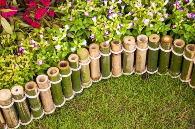 Pembatas Taman Mini Dari Bambu