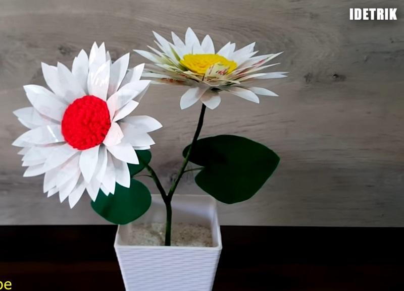 Bunga Dari Gelas Plastik Bekas