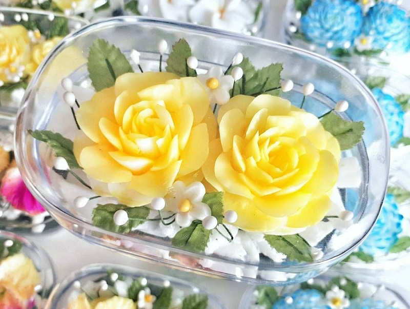 Bunga Mawar Kuning Dari Sabun Batang