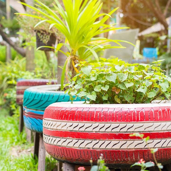 Pot Bunga Dari Ban Bekas