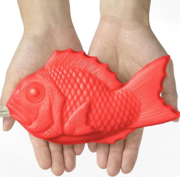 Sabun Berbentuk Ikan Hasil Cetakan